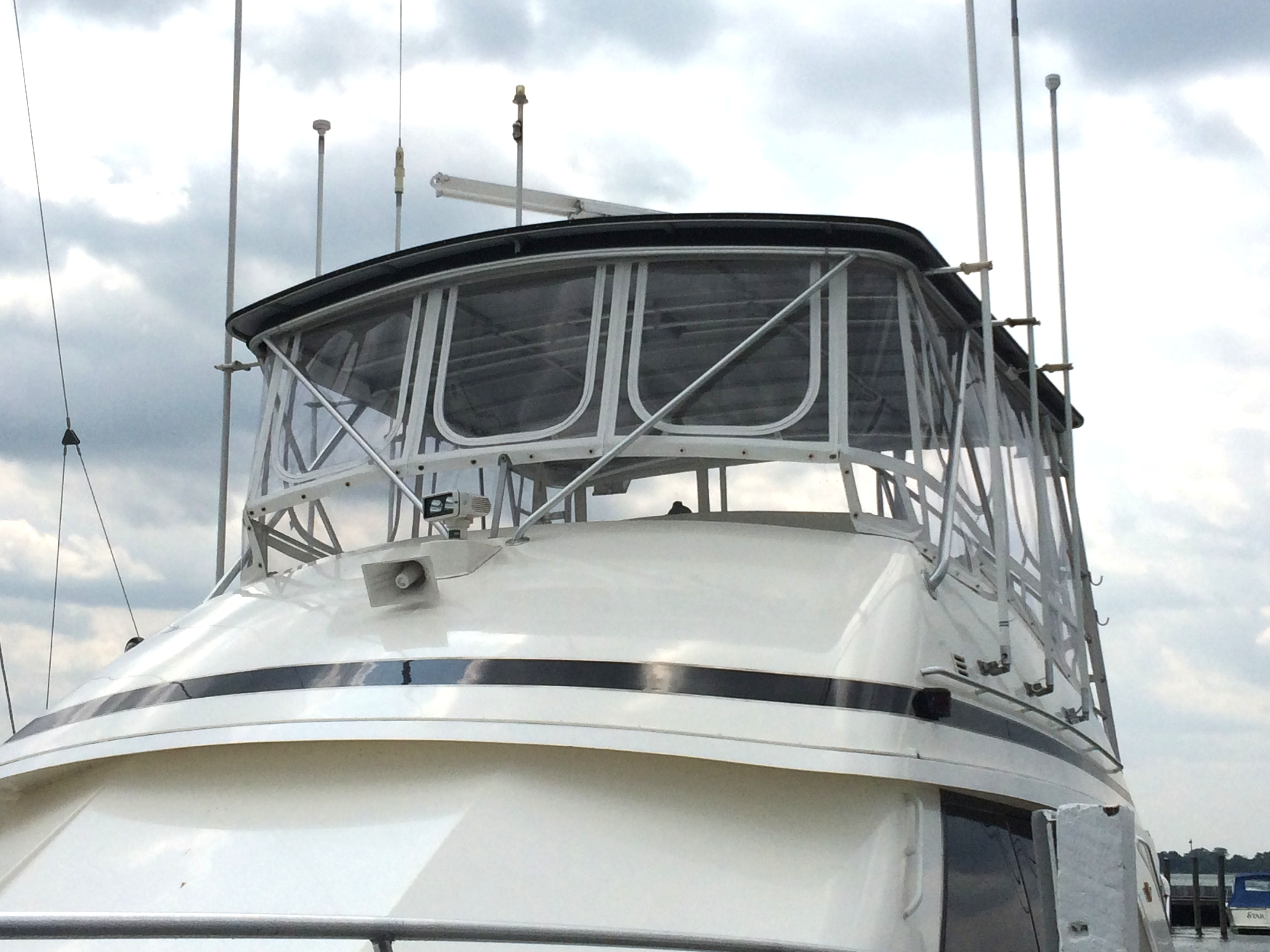 2015 Outstanding Achievement - Power Boats - Soft Enclosures (50' Bertram)
