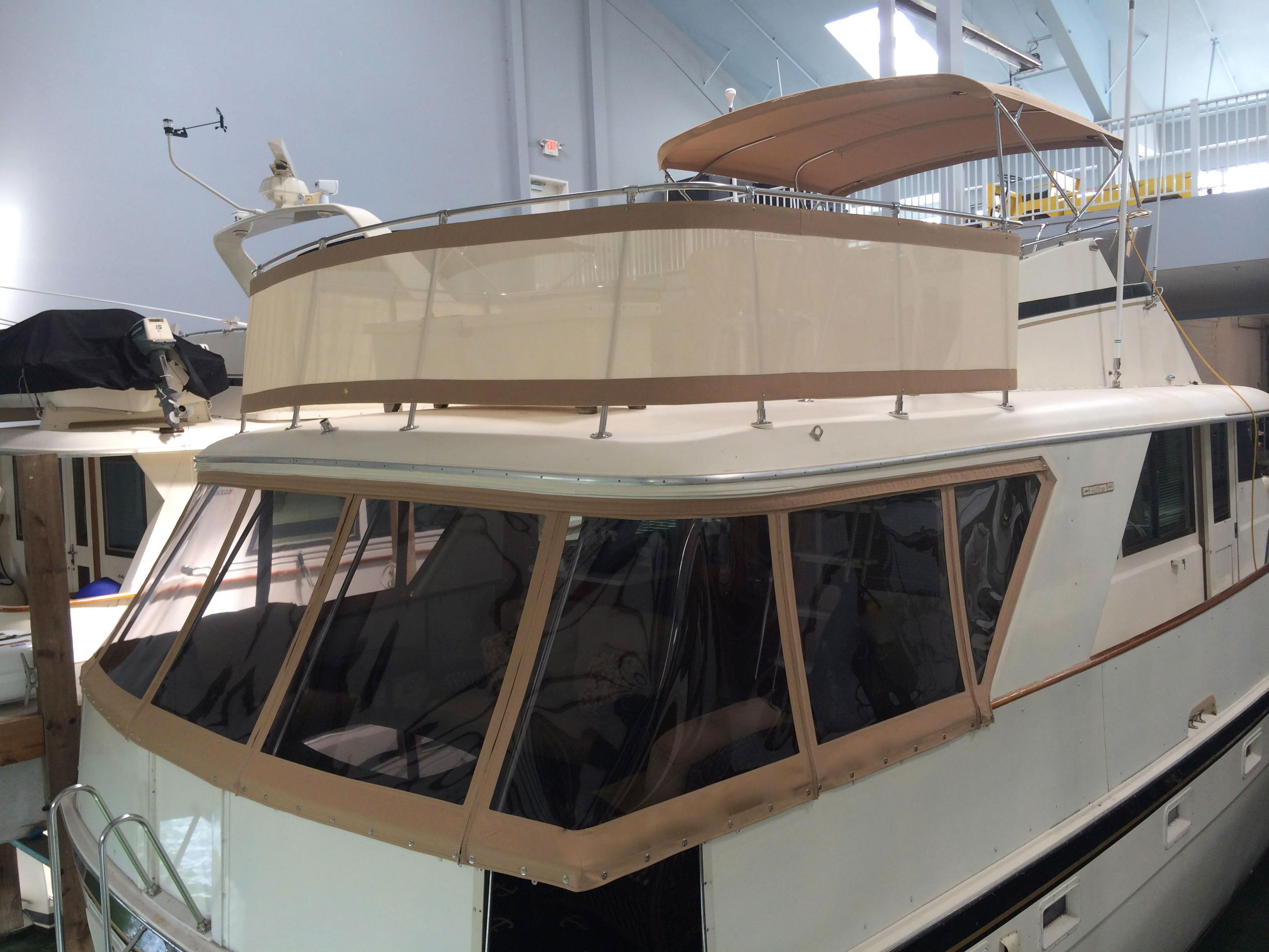 2015 Award of Excellence - Tops & Enclosures (53' Hatteras)
